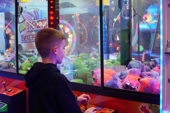/uploads/2020/01/23/5e29cc1d48f88Claw-Machine.jpg