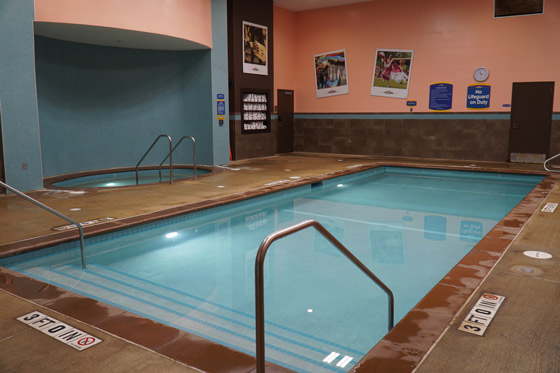 uploads/Things To Do/Gallery/poolSaunaSteamroom/Pool.jpg